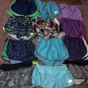 Small Nike short bundle